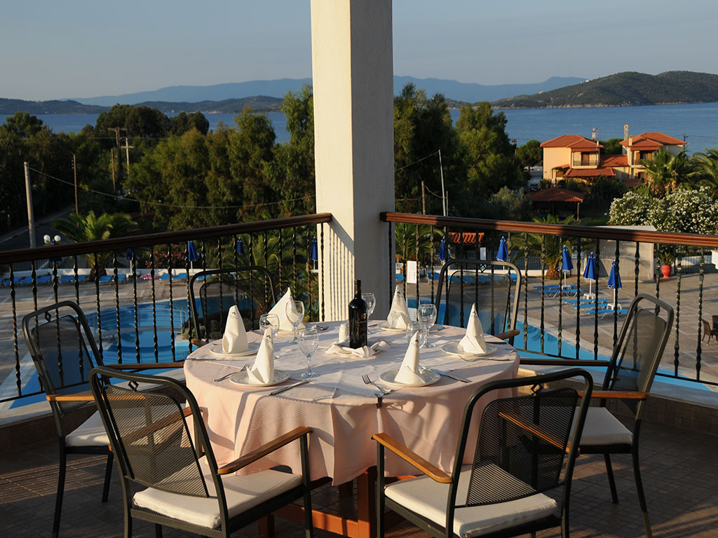Alexandros Palace Hotel & Suites-10